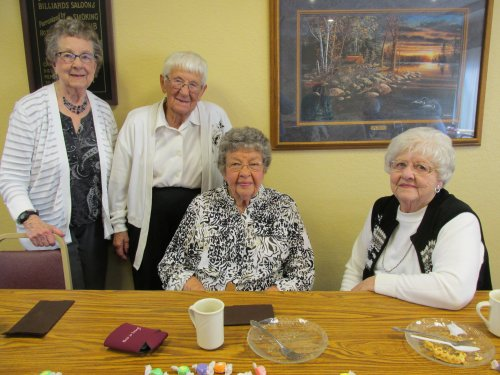 Class of 1948 reunite at Primrose for Pie, Coffee, and conversation