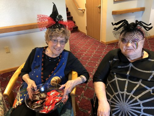 The Queen of the Spiders and the Spider Witch are ready to pass out candy!