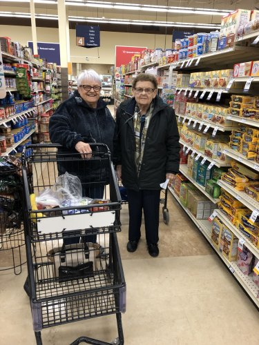 LoEtta and Ruth grocery shopping together. It's so wonderful to build great friendships at Primrose!
