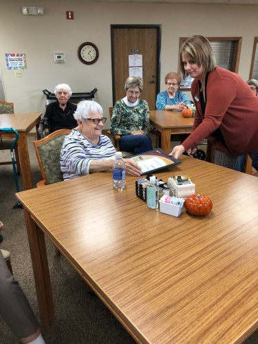 Penny, (ED) giving LoEtta her PSU certificate at our resident meeting! LoEtta earned this by attending 3 PSU activities last week! Congrats LoEtta, we love that you're a Life-long Learner!