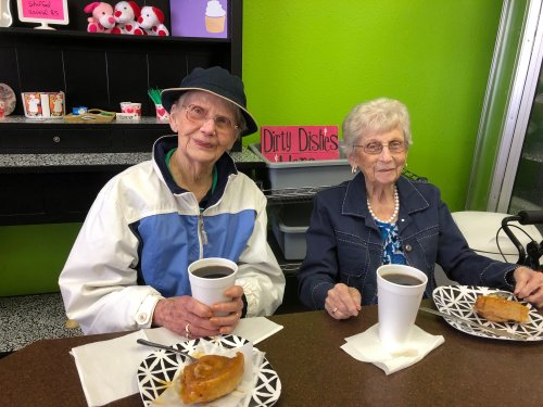 Dorothy and Bertha at Sweet Treats! We loved their caramel rolls!