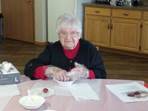 Rachel making red velvet cake bites at Fun with Food!