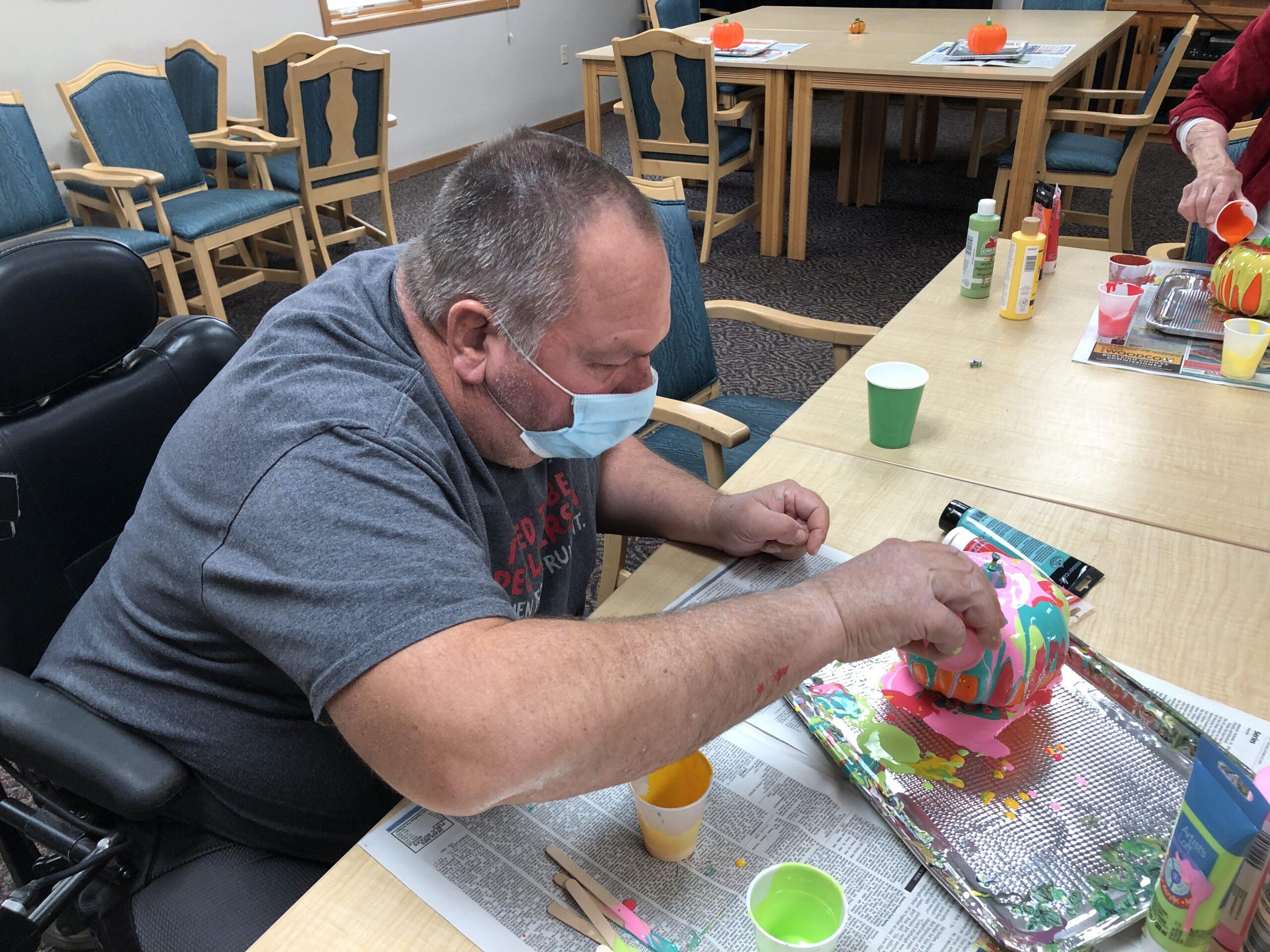 Pumpkin painting using clean pour method