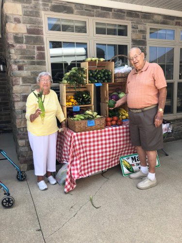 Decatur had the farm brought to their front door!! A local farm brought a stand of fresh produce for the residents to purchase.