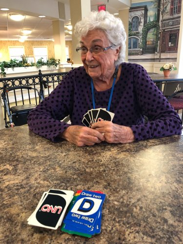 Mary is not taking it easy on her opponents in UNO