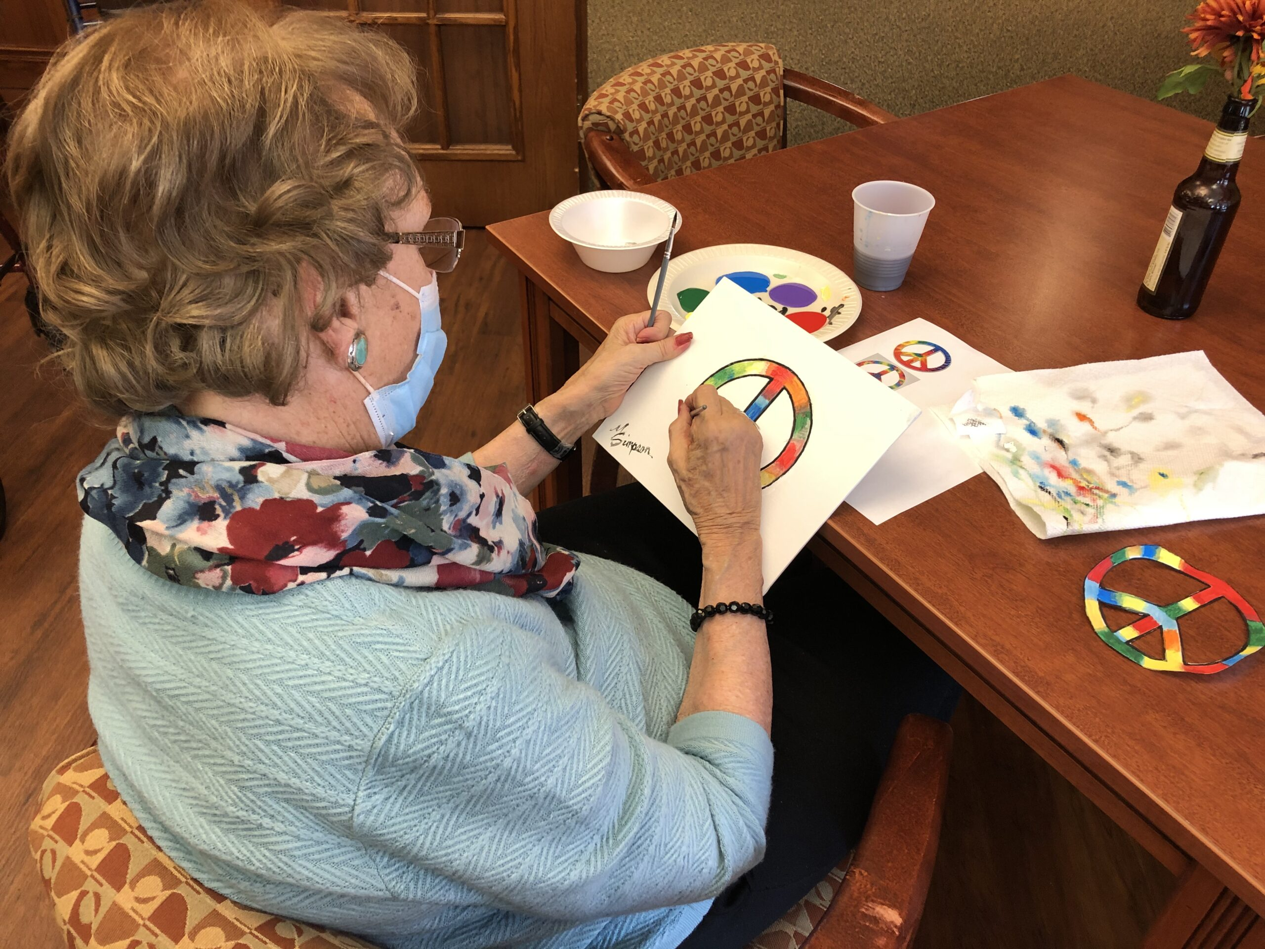 Our professional artist Marian celebrated John Lennons birthday by painting a Peace Sign