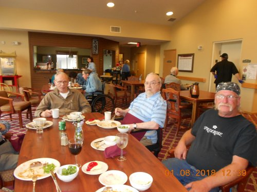 Bob having lunch with the men!