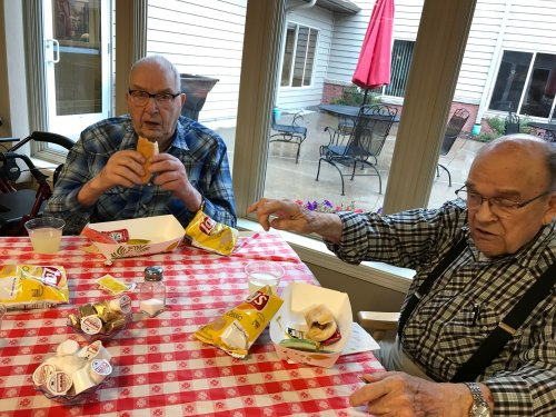 Richard and Gene talking shop and enjoying the picnic food!