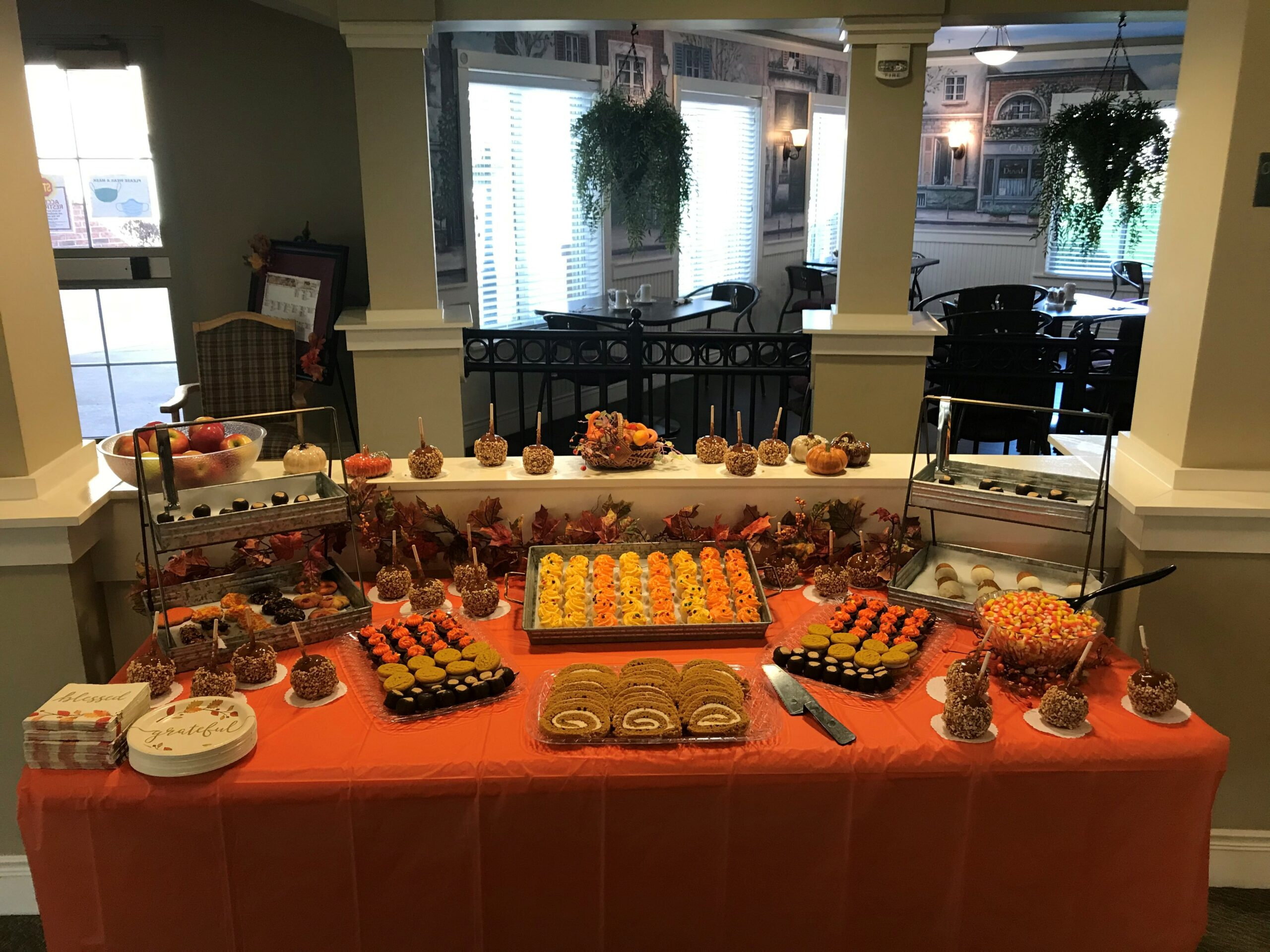 Residents welcomed Fall with a themed desert bar.
