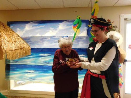 Our very own 'pirate', Liz, showing off her real live 'friend' to Betty.