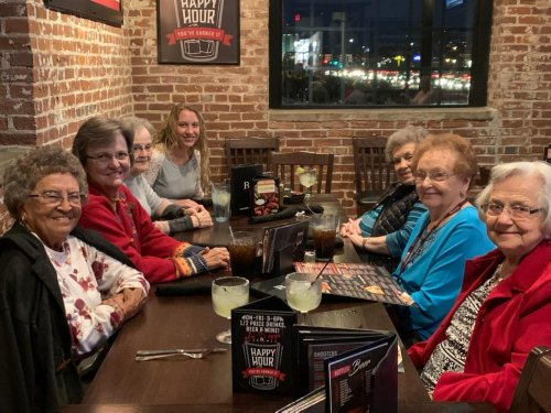 Residents and staff enjoyed a night out on the town!
