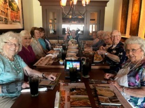 We enjoyed a nice spring day and headed out to have lunch at the Olive Garden.  Always fun with the 'Lunch Bunch'