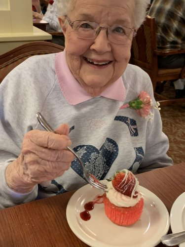 Jeane Loved our special Valentine's Day dessert