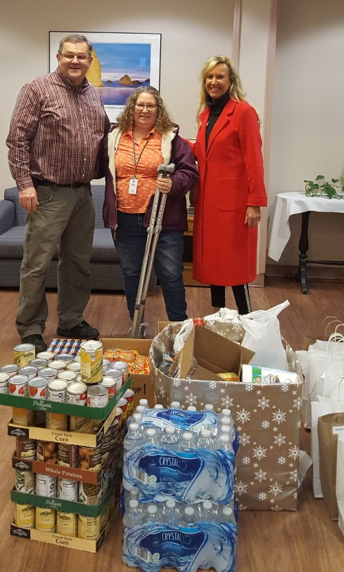 Primrose of Kokomo and Legacy Therapy delivered canned goods and supplies to the Kokomo Rescue Mission on Dec.21st.
