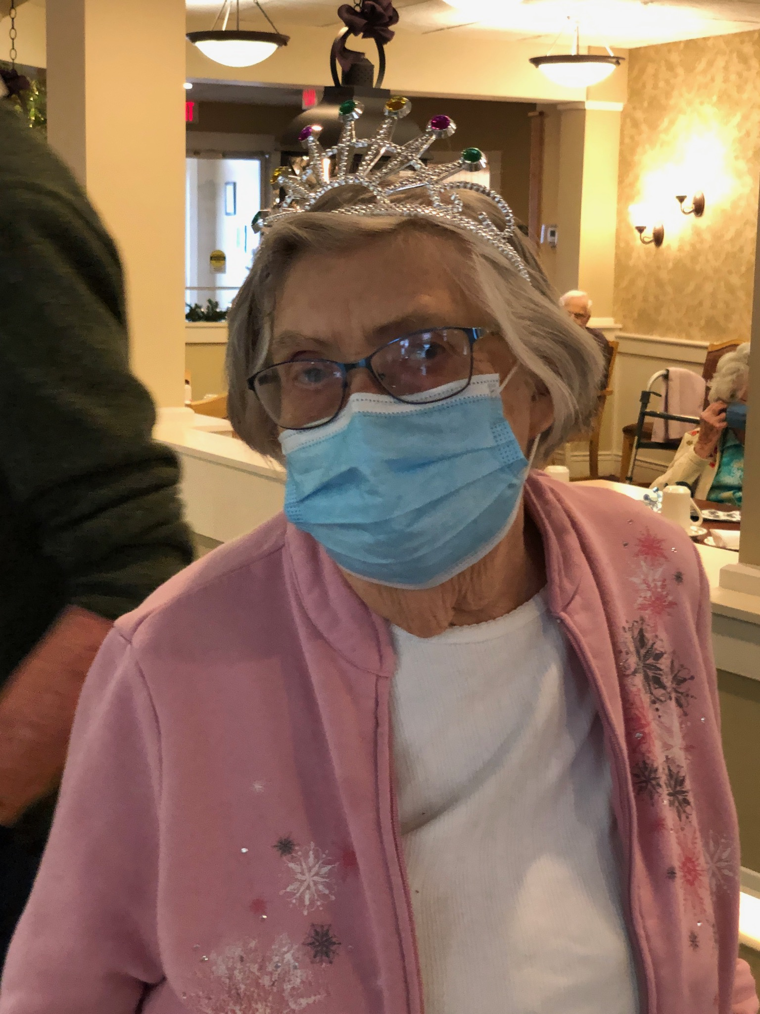 Queen Macon had a great time at the Kokomo Primrose New Years Eve party.
