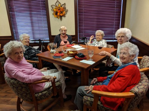 Wilma, Leona, Jean, Mildred, Audrey, and Jay enjoyed pizza and conversation.