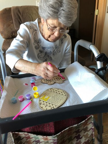 Some wonderful person dropped off some crafts for the residents to do. Rose really enjoyed painting and visiting.