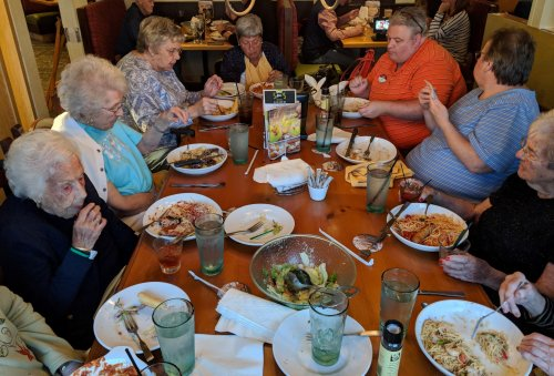 This group from Primrose of Lia enjoying their delicious food from Olive Garden.