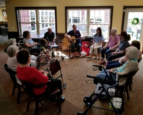 University of Evansville conducts music therapy with Primrose Memory Care residents