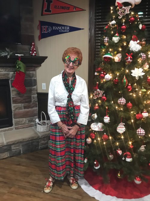 Sharon went all out with spreading the Christmas Cheer at the Christmas Party!