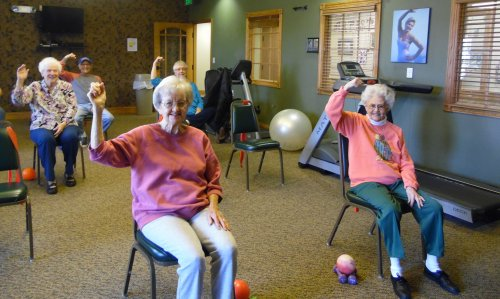 when its cold outside we make it hot inside, lets move that body!!