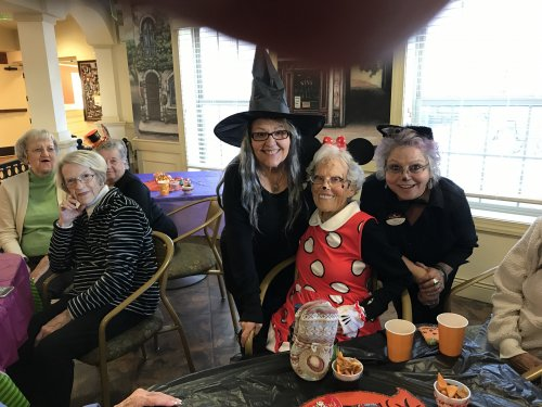 Minnie Mouse is our costume winner Miss Margorie with Heidi and Terri