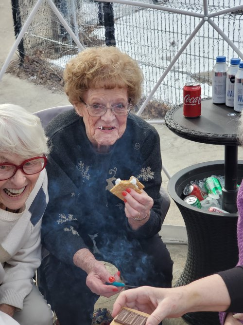 Yummy!! Doris and Nancy are enjoying some delicious s'mores!!