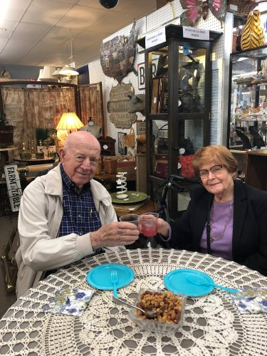 Sam and Stella toast to a fun activity outing to The Rose antique mall where they were greeted with punch, sweet treats, and take home goody bags! Residents had a great time reminiscing through the antiques and being treated so well by the community!
