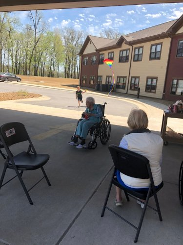 Our Sales Leader, Kaylee's son, Kaden entertained the residents by Flying Kites for them while they enjoyed Root beer Floats on a Sunny Day!