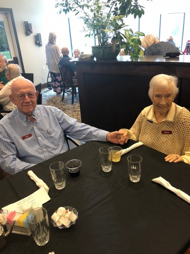 One of our beloved Primrose couples, Sam and Rubye attended the Resident VIP Dinner where they were treated to a fine dining meal for all or Very Important Residents!