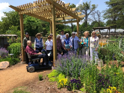Residents ventured to the Botanical Gardens of the Ozarks for their fun Wednesday activity outing! Residents got to smell the roses as well as see butterflies and birds flying all around.