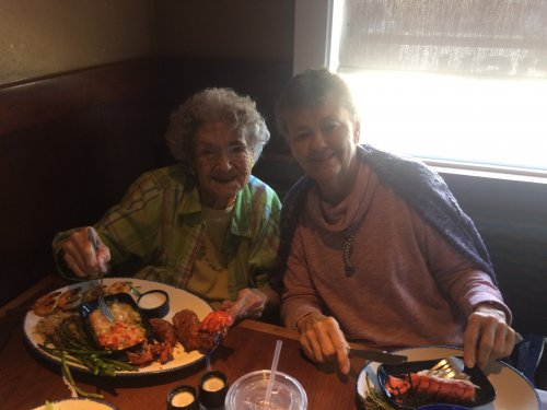 Quana and Carolyn enjoy a delicious seafood lunch at Red Lobster's Lobsterfest during our resident Wednesday outing!