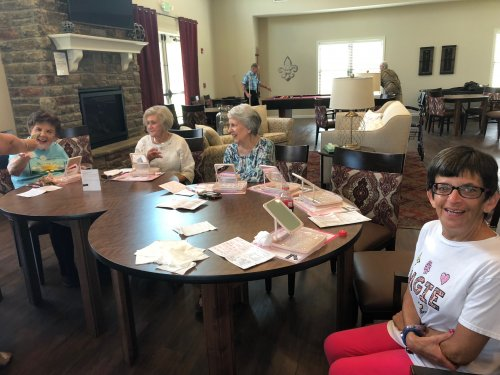 Our Primrose Villa Ladies were treated to a Mary Kay Beauty Experience in the Clubhouse where they tried hand lotions, facial products, and lots of pampering items!