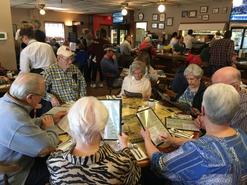 Our residents headed to Susan's Café for a delicious brunch and fellowship!