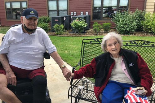Jack and Margaret enjoyed listening to our Activities Assistant, Kyle play Patriotic songs in the front yard for Memorial Day! Residents enjoyed ice cream sandwiches and sang along to songs of the armed forces! At 3pm, residents and staff took a moment of remembrance for all the soldiers who lost their lives in the service.