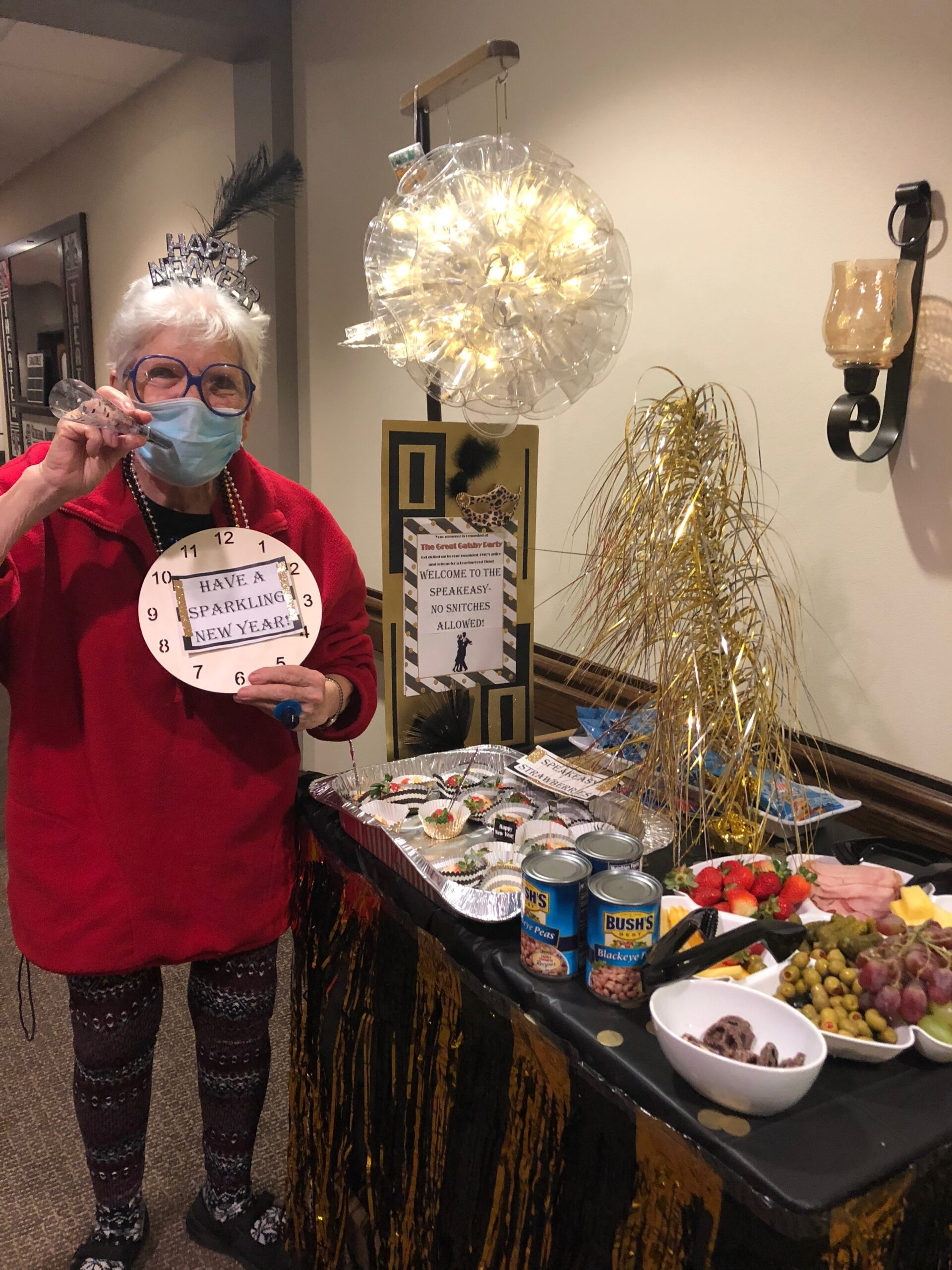 A Roaring Good Time New Years Eve Cart! On New Years Eve residents were greeting with a 1920s style Snack Cart with Champagne, Chocolate Covered Strawberries, Fortune Cookies, Midnight
