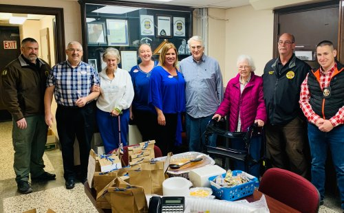 Residents and staff delivered lunch and goody bags to our local sheriff department for Law Enforcement Appreciation Day!