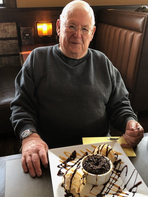 Happy 91st Birthday to Virgil!  The lunch group had a great time celebrating!