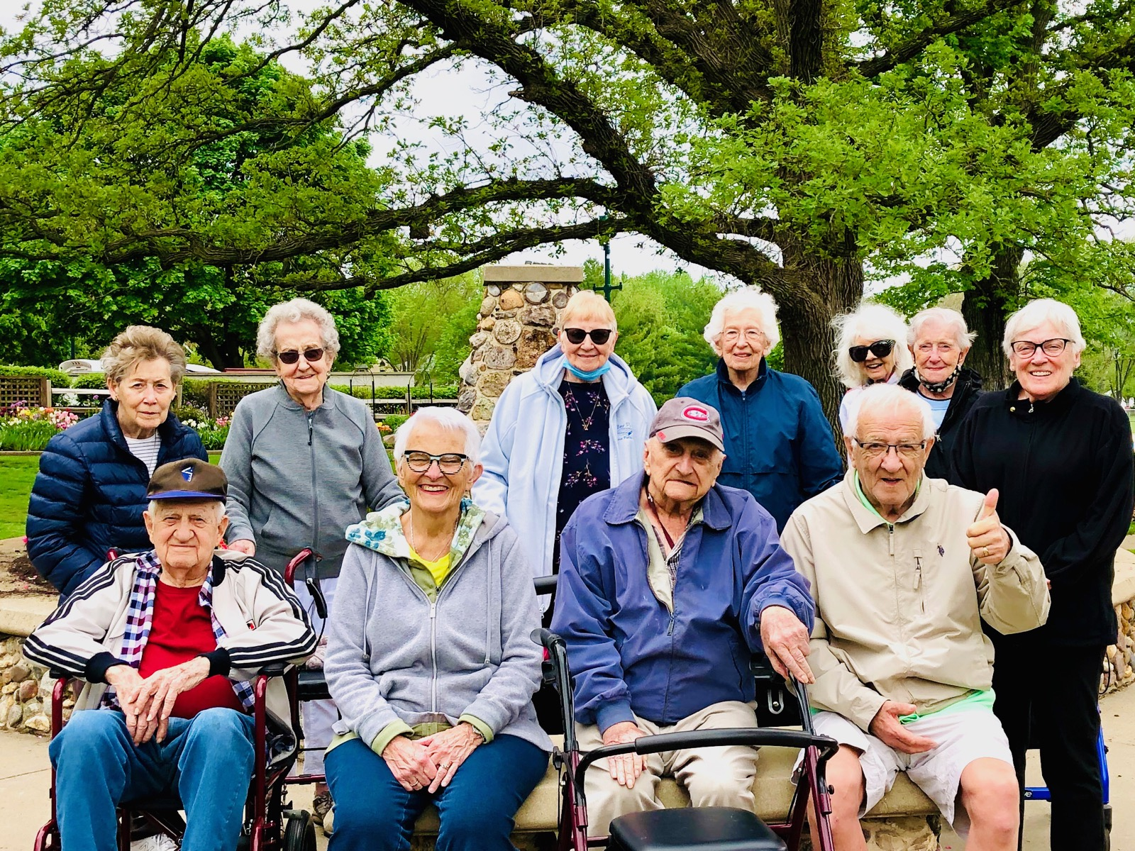 Residents enjoyed a trip to McKennen Park to view the beautiful flowers!