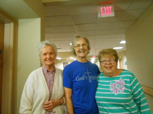 Alice, Barbara and Jean are walking for exercise.