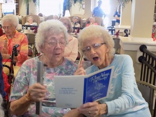 Billie & Janice enjoying singing along with the Church of the Messiah Bell Choir